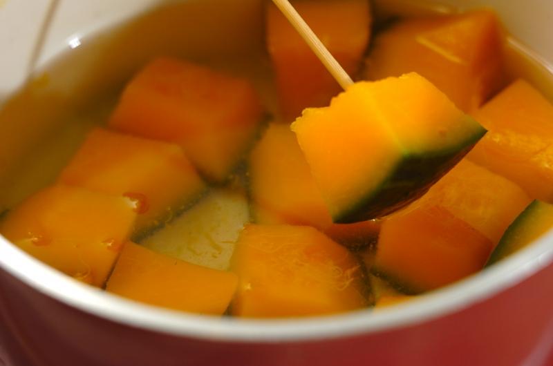 カボチャと枝豆の煮ものの作り方の手順3