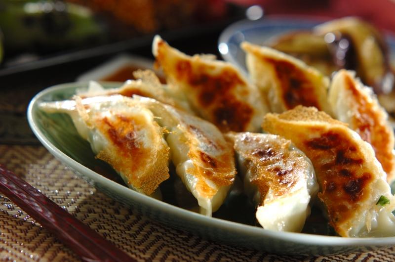 焼き餃子の作り方の手順