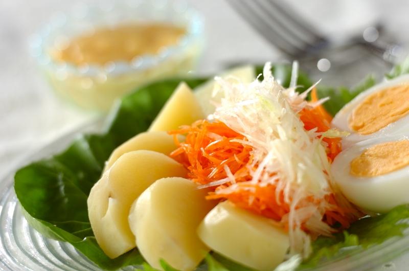 セロリとニンジンの手作りマヨネーズ・サラダ