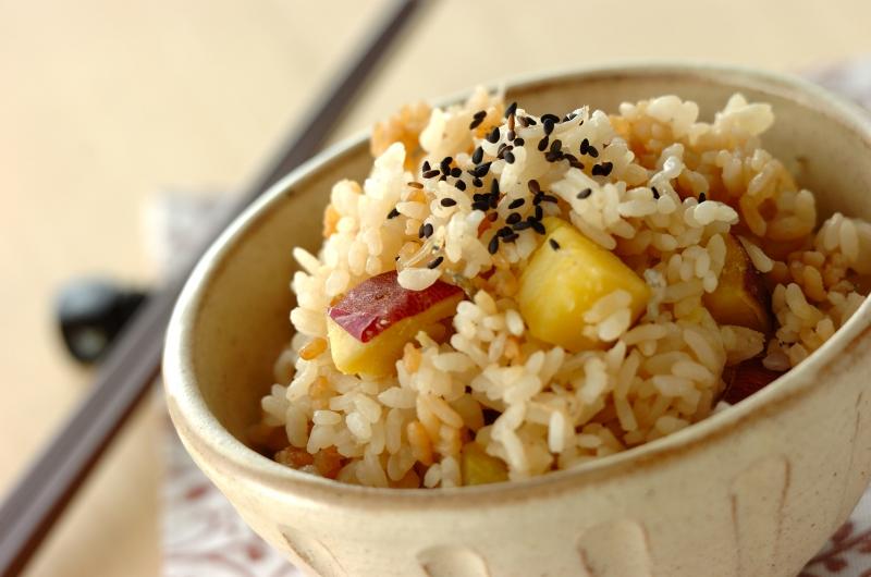 サツマイモとジャコの炊き込みご飯の作り方の手順
