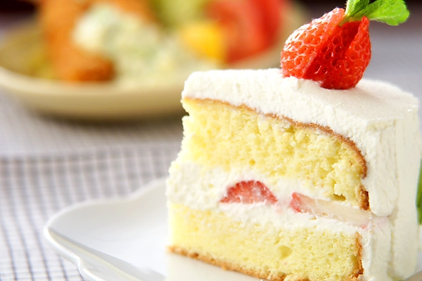 イチゴのフワフワケーキの作り方の手順