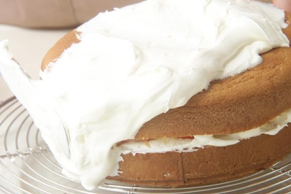 イチゴのフワフワケーキの作り方の手順12