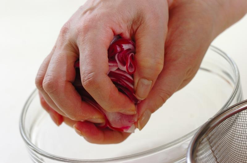 赤カブのジンジャーピクルスの作り方の手順2
