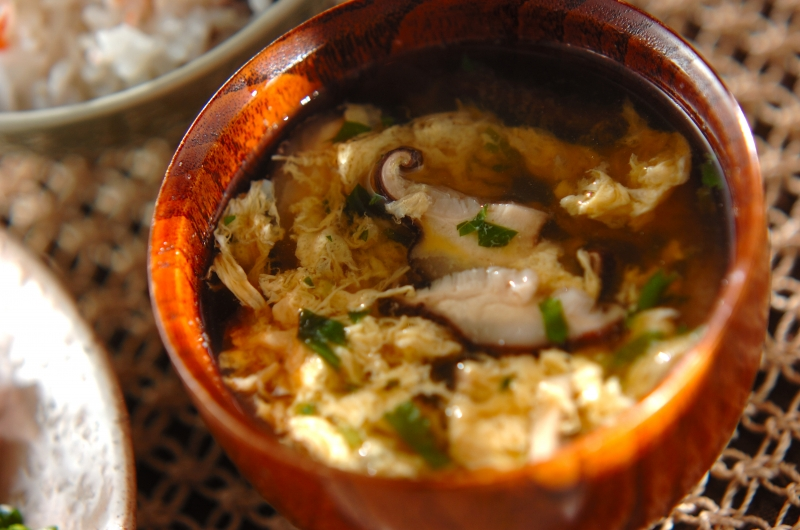 シイタケのふんわり卵汁の作り方の手順