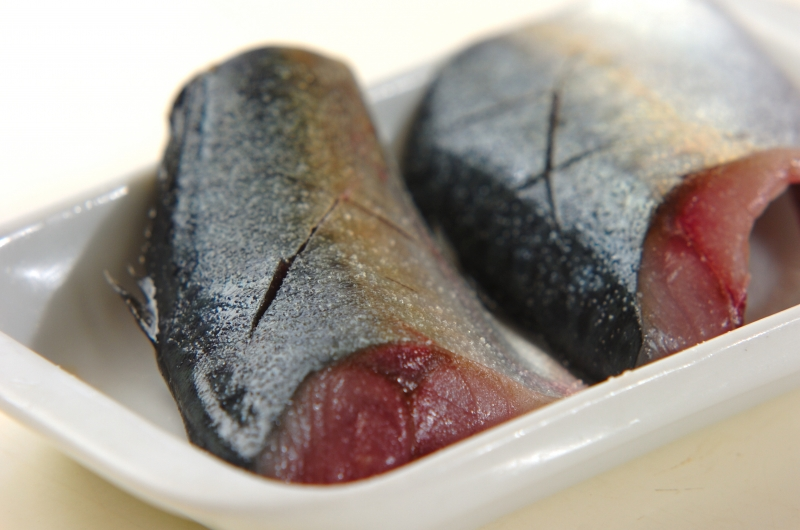 サバのみそ煮の下準備1