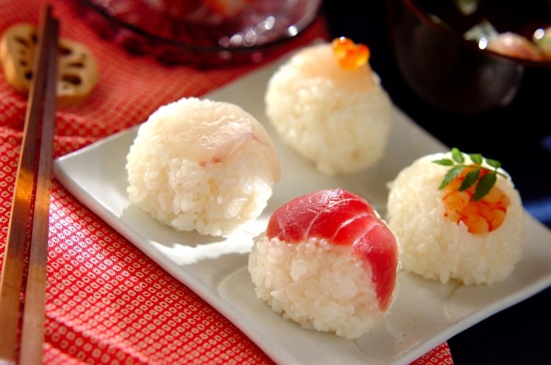 4種の華やか手まり寿司