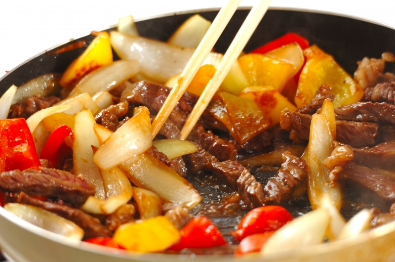 牛肉とパプリカのしょうゆ炒めの作り方の手順5