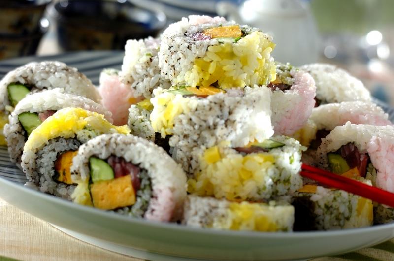 カラフル太巻き寿司の作り方の手順