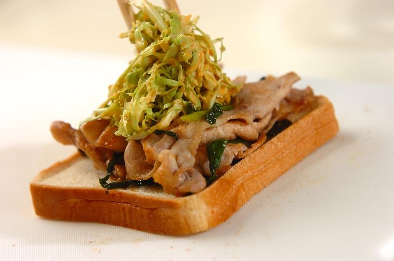 甘辛豚肉の韓国風ボリュームサンドイッチの作り方の手順5