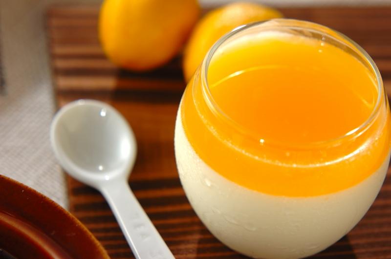 オレンジソースのパンナコッタ