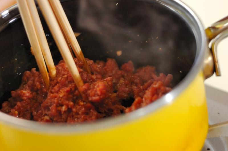 中華そぼろ丼の作り方の手順1
