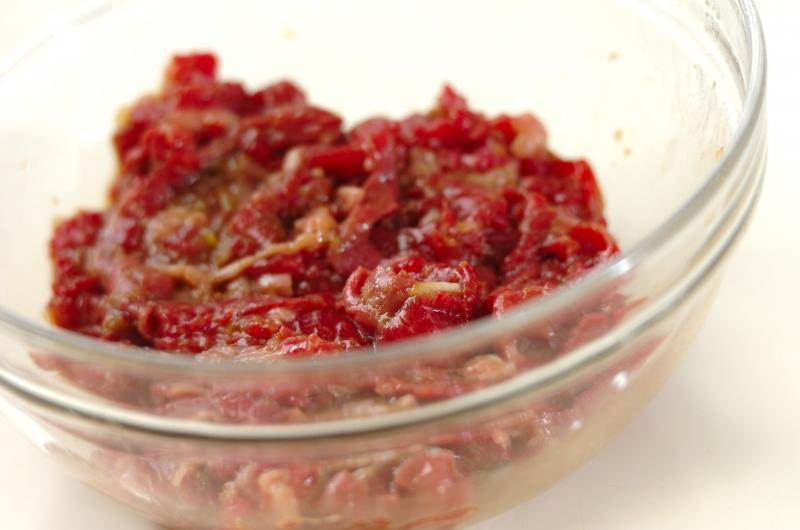 青椒肉絲(チンジャオロース)の作り方の手順1