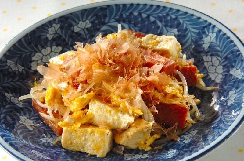 豆腐とモヤシのチャンプル