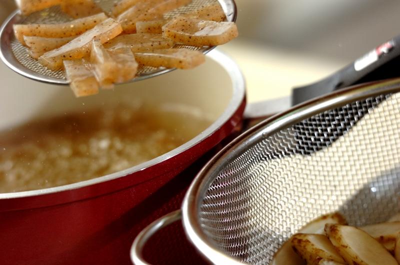 ゴボウとコンニャクの混ぜご飯の作り方の手順4