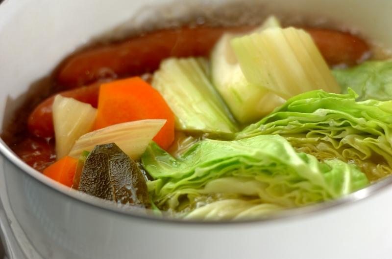 野菜を食べるスープ 基本のポトフの作り方の手順2