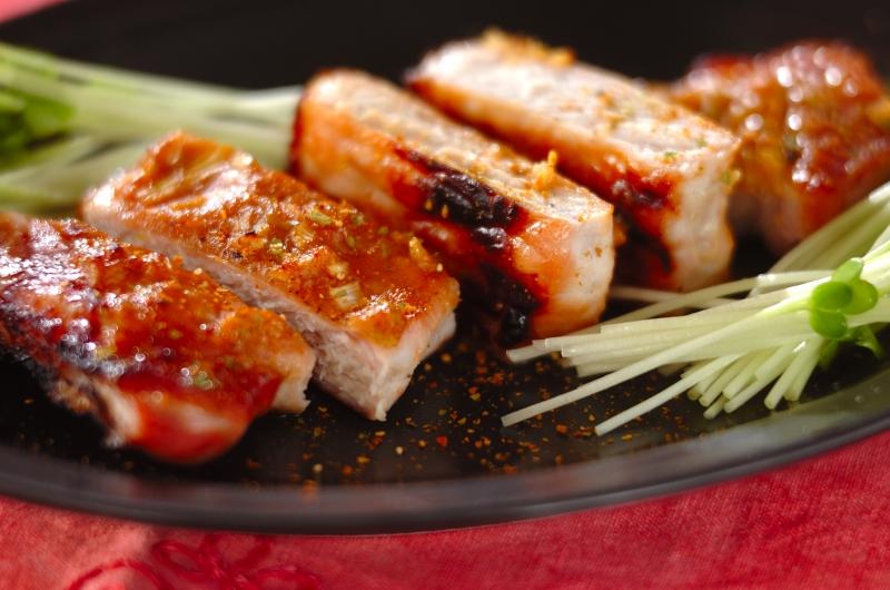 奥深い辛さ豚肉の七味みそ焼き