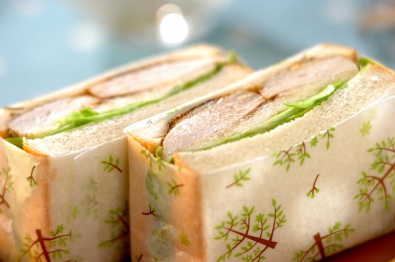 チキンのローズマリーソテーのサンドイッチの作り方の手順