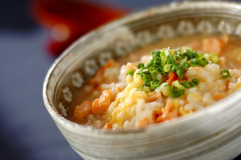 塩鮭と梅の雑炊の作り方の手順
