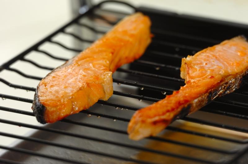 塩鮭と梅の雑炊の作り方の手順1