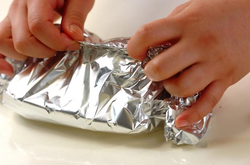 ジャガイモの香草ホイル焼きの作り方の手順3