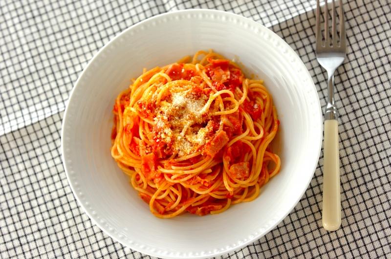 シンプルがいちばん!基本のトマトソースパスタ
