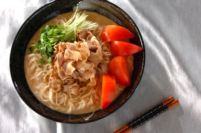 豚しゃぶのせゴマダレ麺