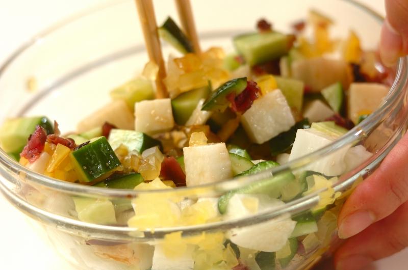 長芋とキュウリの漬け物あえの作り方1