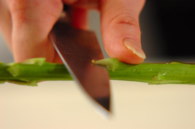グリーンアスパラの白和えの作り方の手順1