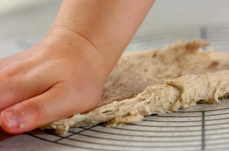 クランベリーとレーズンのライ麦パンの作り方の手順4