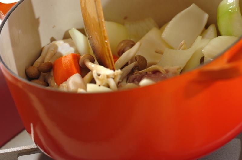 チキンとブロッコリーのコーンシチューの作り方の手順4
