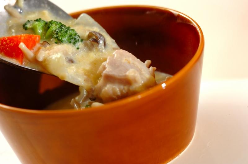 チキンとブロッコリーのコーンシチューの作り方の手順6