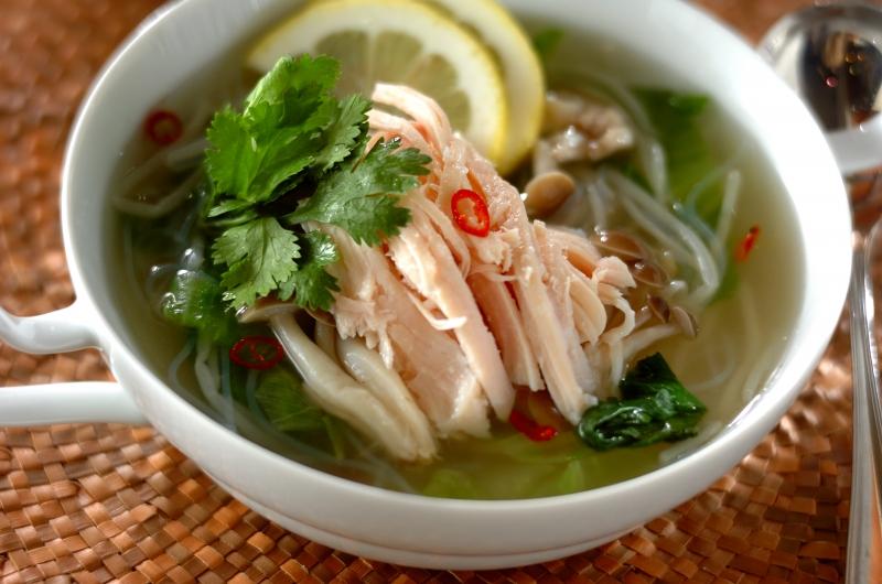 エスニック風冷製スープ