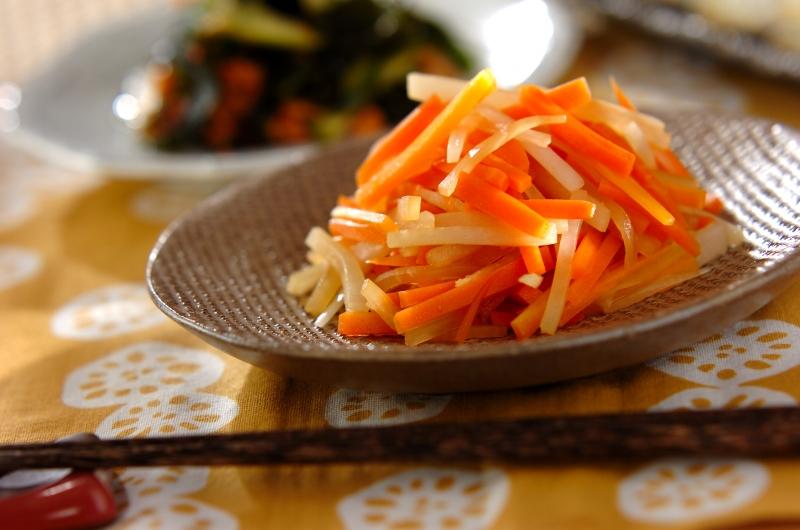 大根とニンジンの炒め煮の作り方の手順