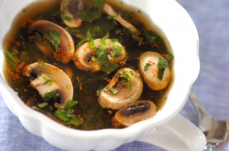 モロヘイヤとマッシュルームのスープの作り方の手順