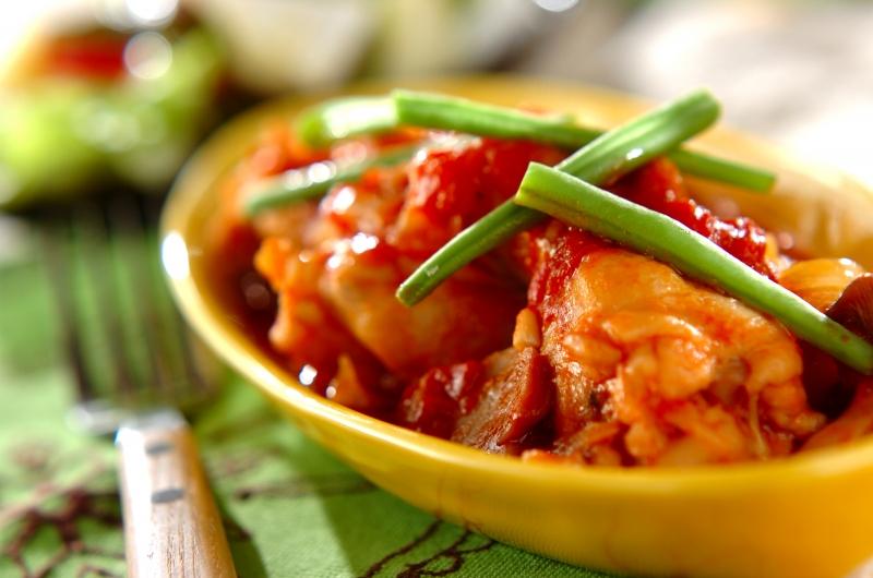 鶏手羽元の柔らかトマト煮の作り方の手順