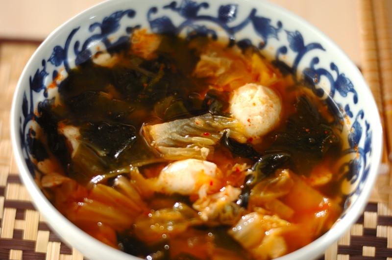 キムチとワカメのスープ