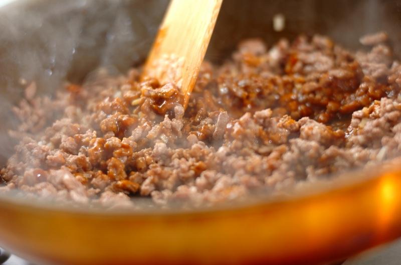 タコライス丼の作り方の手順2