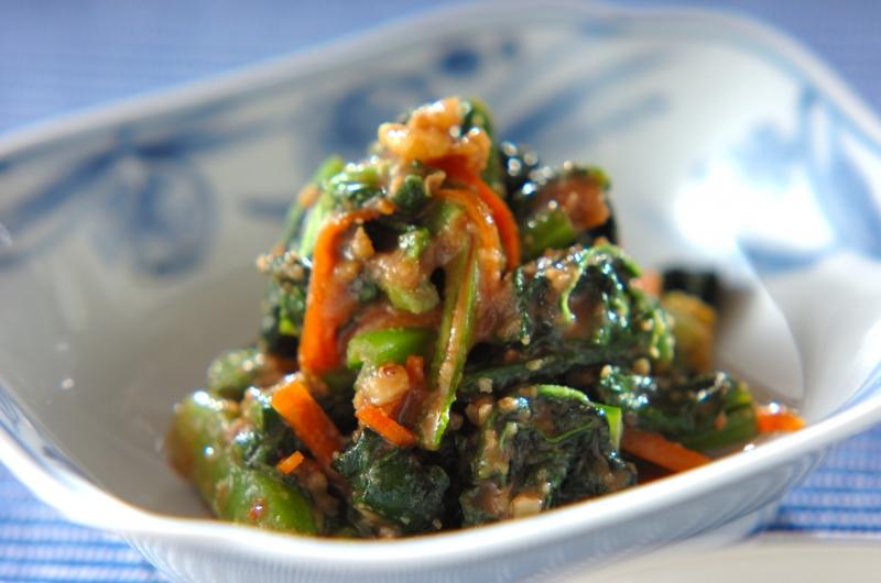 小松菜のクルミ和え