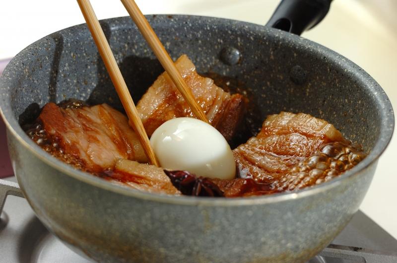 豚バラ肉の黒糖煮八角風味の作り方4