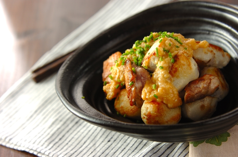 鶏と里芋の甘酒みそだれの作り方の手順