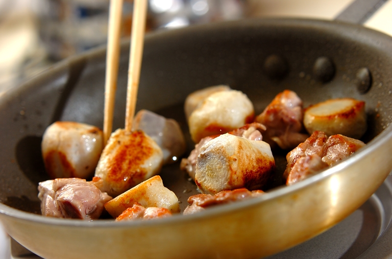 鶏と里芋の甘酒みそだれの作り方1