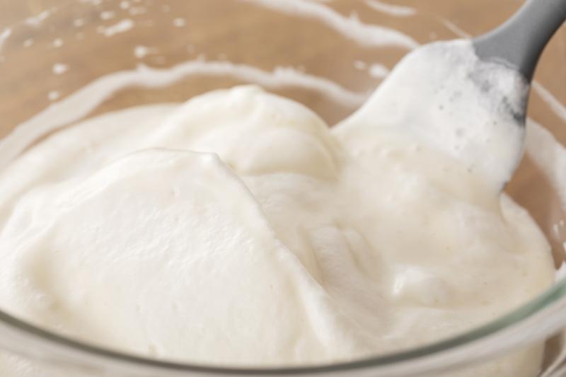 フライパンでできる!聖なる夜のホワイトキャンドルケーキの作り方の手順4