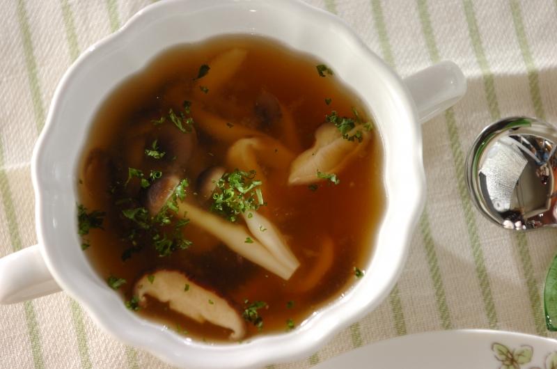 キノコとチーズのスープ