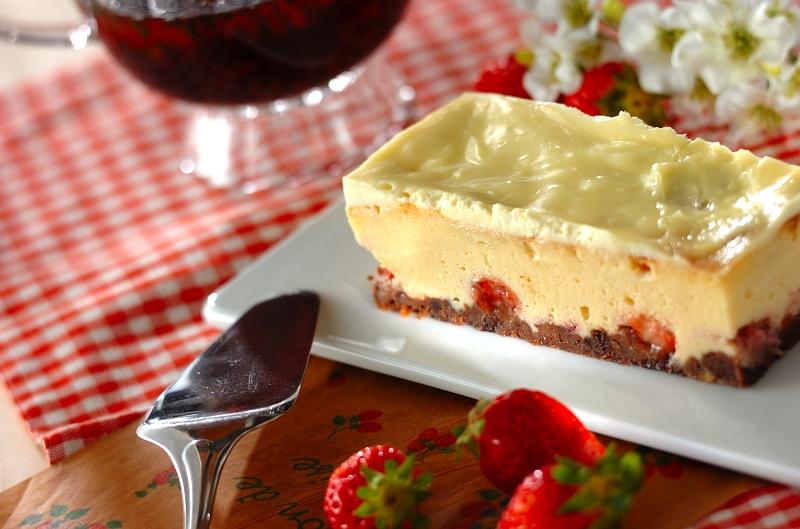 イチゴのチーズケーキの作り方の手順