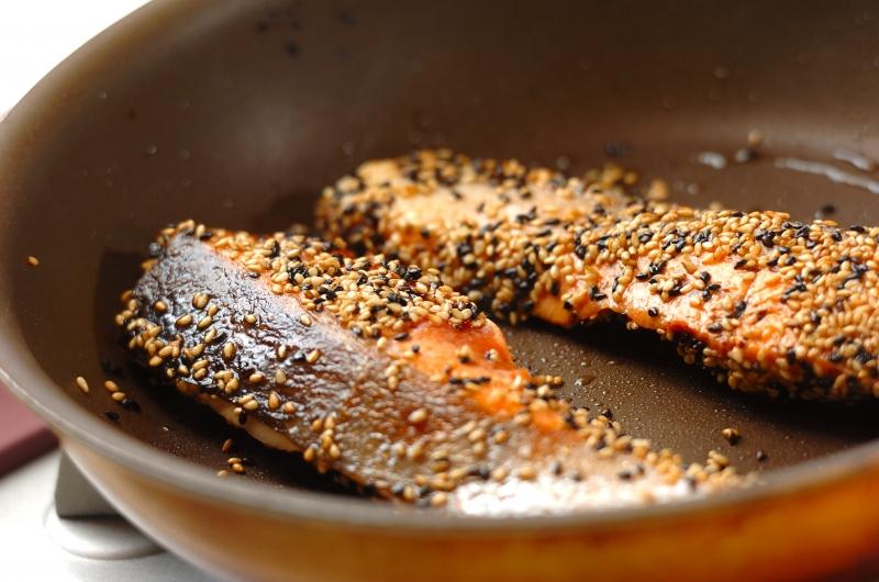 鮭の香ばしゴマ焼きの作り方の手順3