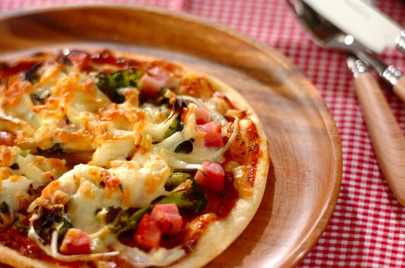 なし 生地 イースト 簡単 ピザ