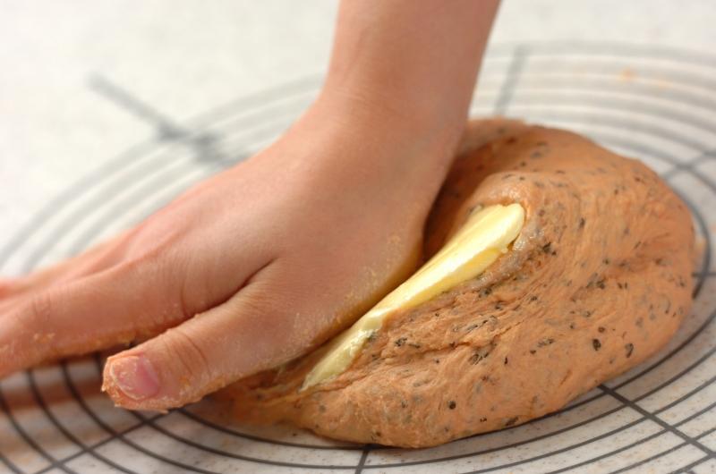 トマトチーズパンの作り方3