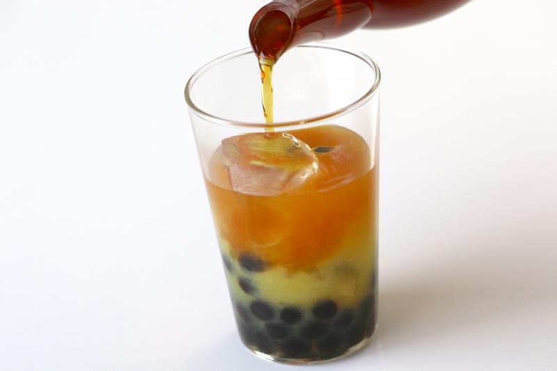 タピオカ入りオレンジアイスティーの作り方3