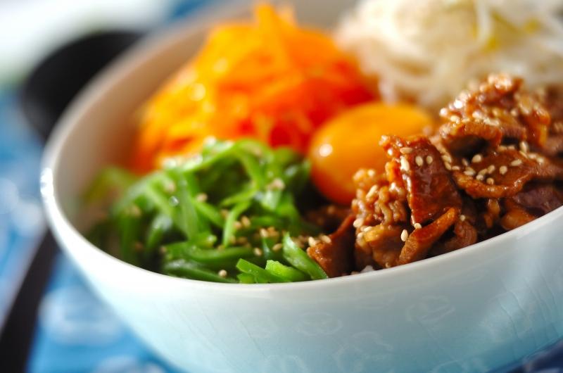 牛肉のナムル丼の作り方の手順
