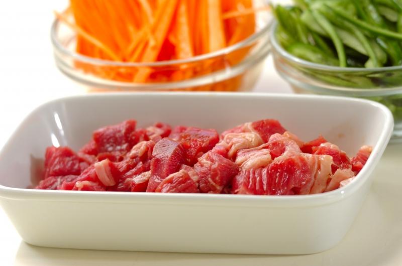 牛肉のナムル丼の作り方の手順1
